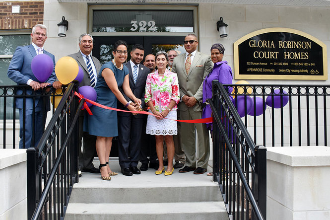 Gloria Robinson Grand Opening