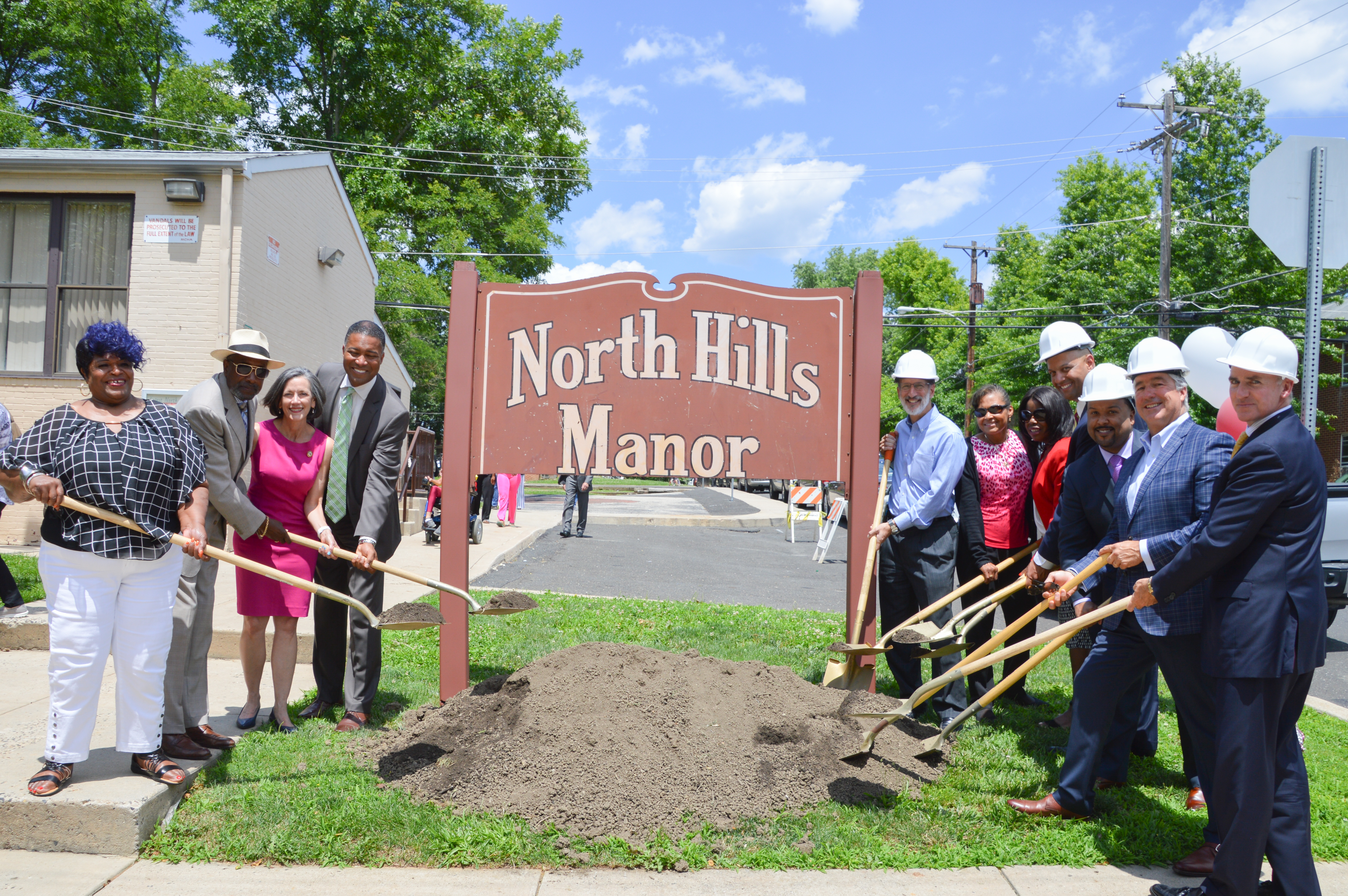 North Hills Manor Groundbreaking